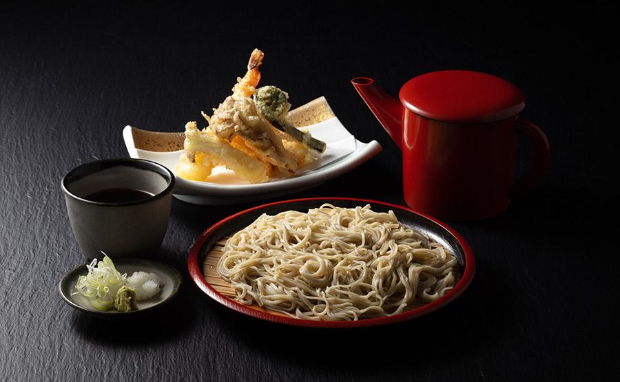 地元朝採り野菜を使用した田舎の会席料理3